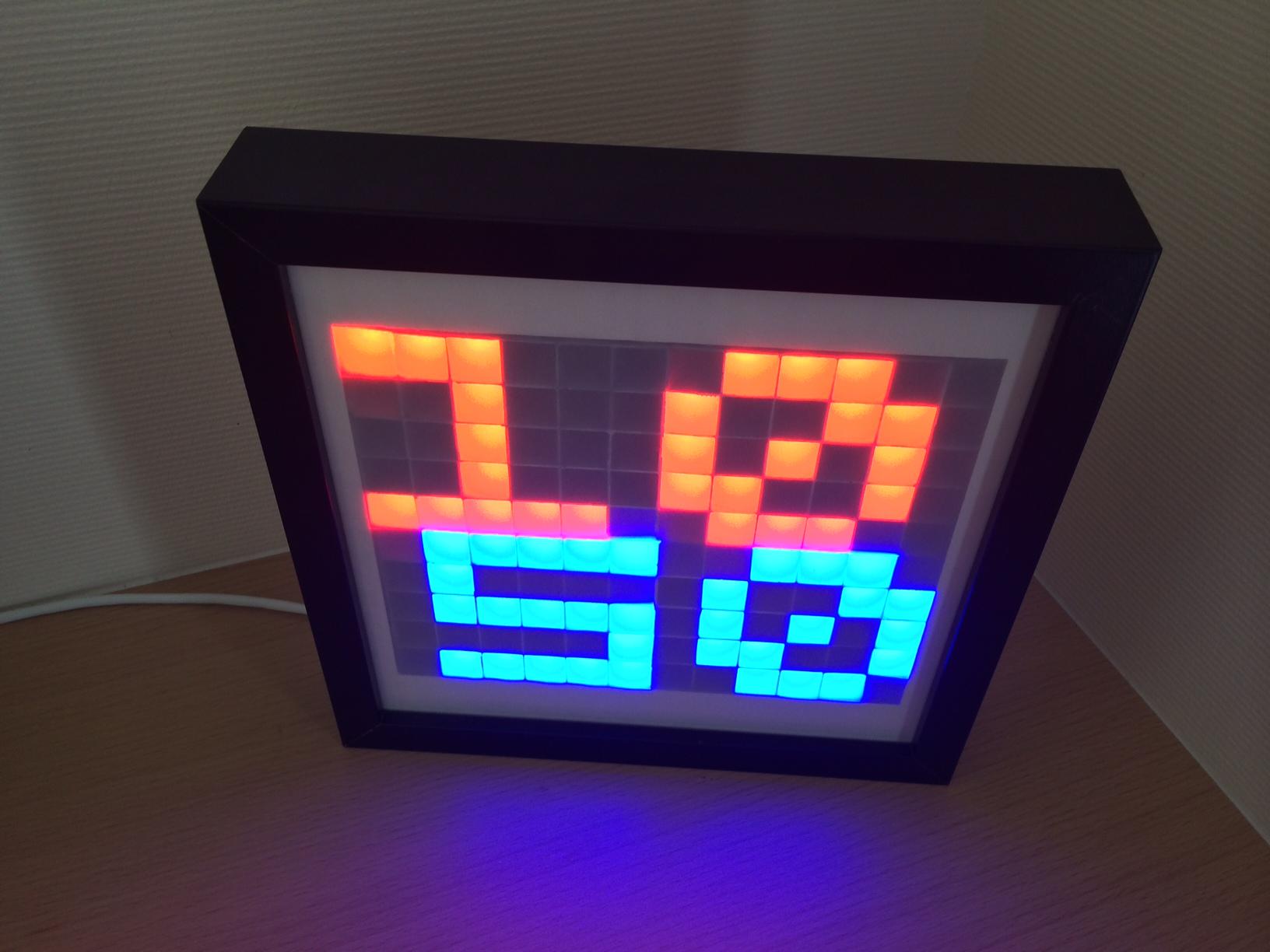 A decorative LED frame   VieSurIP