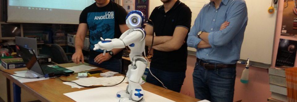 Médiation scientifique au collège Kerallan avec Nao le Robot